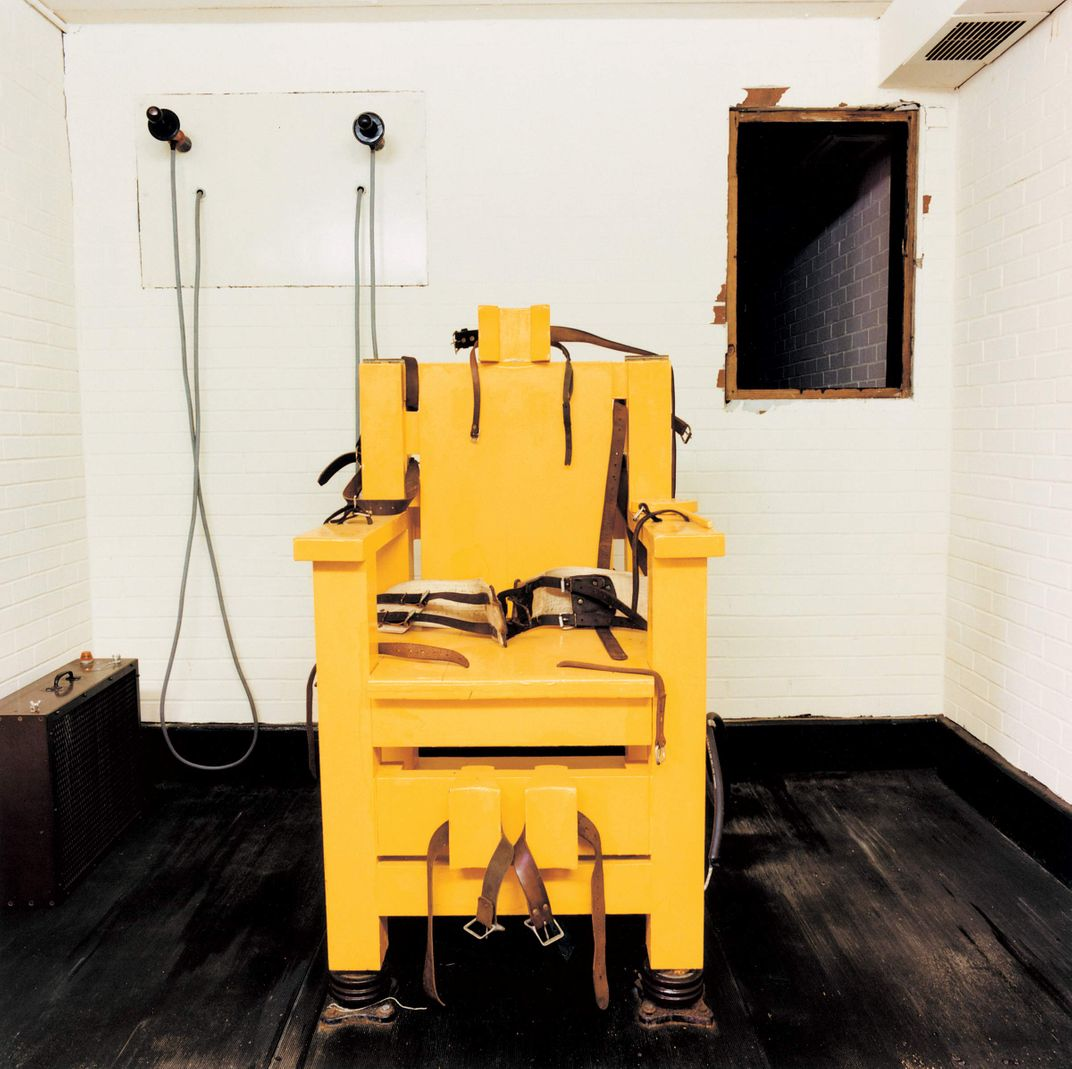 Electric chair chamber - Electric Chair Chamber 8