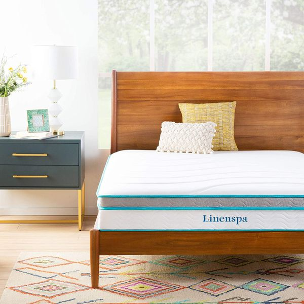 Linenspa 10-Inch Memory-Foam and Innerspring Hybrid Twin Mattress, Medium Feel