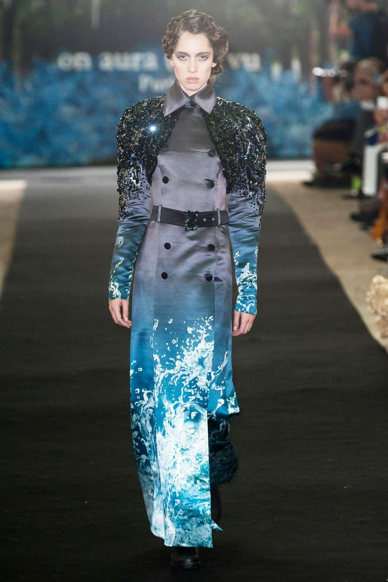 On Aura Tout Vu at Couture Spring 2014 - Livingly