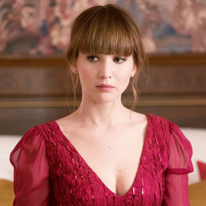 Jennifer lawrence nude side view in red sparrow