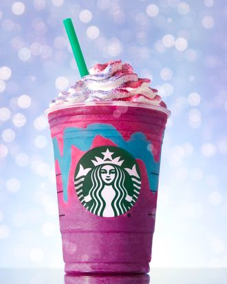 Baristas Are Having Meltdowns Over Starbuckss Unicorn Frappuccino