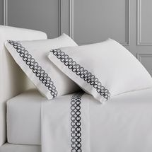 Williams Sonoma Chain Link Embroidered 300 Thread Count Sheet Set