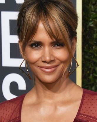 Halle Berry Broke 3 Ribs Filming John Wick 3