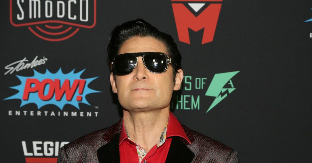 Corey Feldman 'Can No Longer Defend' Michael Jackson