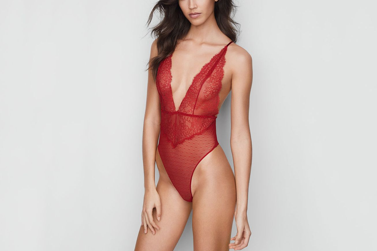 Victoria's Secret Chantilly Lace Plunge Teddy