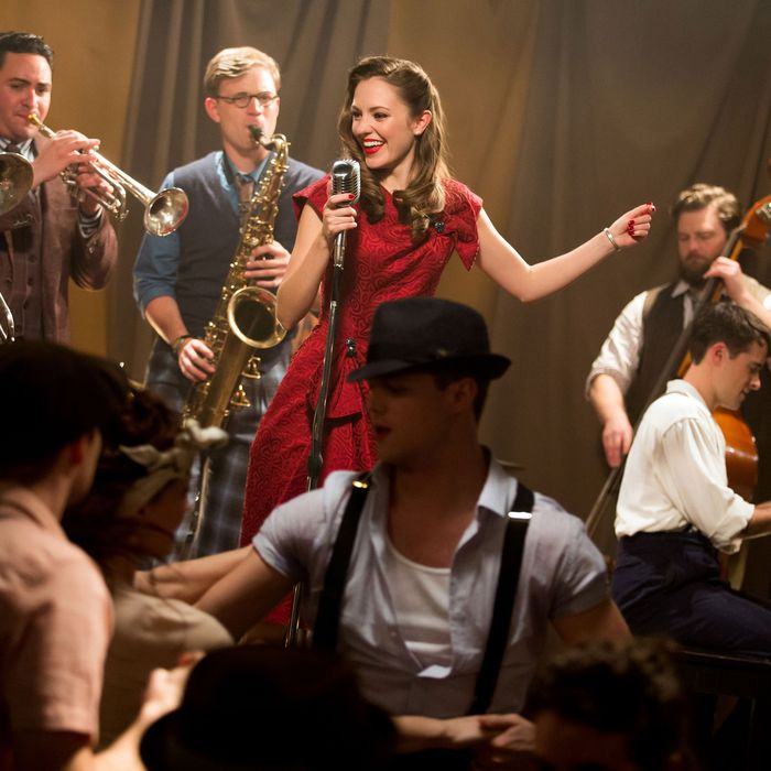 Theater: 'Bandstand' Invokes Broadway's Golden Age