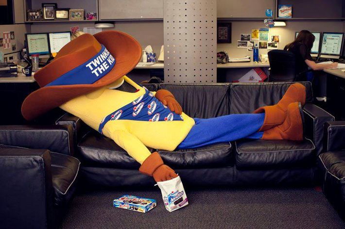 It's almost time to wake up and get back to work, Twinkie the Kid.