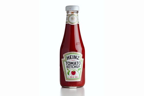 Minetta Tavern serves Heinz, but Cherche Midi opts for fancy-ass ketchup.