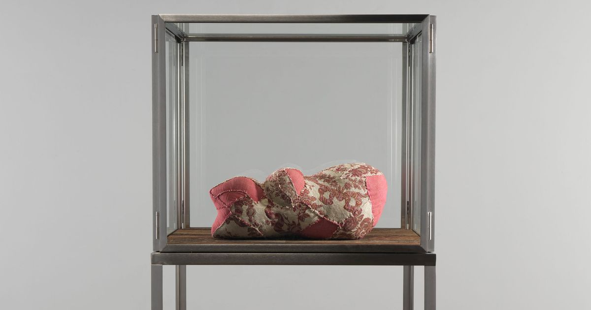 A Louise Bourgeois Sculpture Sells for $2 Mil in Miami