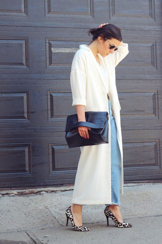 2ed5d640 21 Ways to Wear a Long, Airy Jacket This Summer