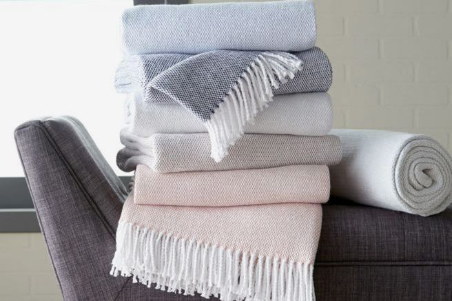 Sferra Terzo Fringed Cotton Throw