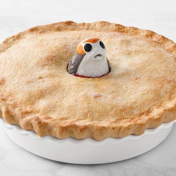 Le Creuset Stoneware Star Wars Porg Pie Bird