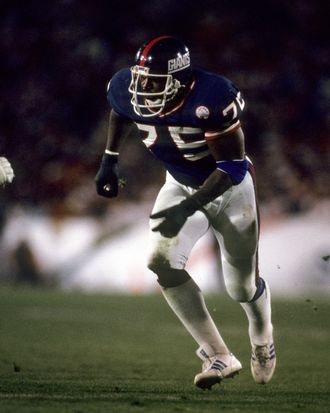 New York Giants defensive end George Martin (75) in action during the Giants 39-20 victory over the Denver Broncos in Super Bowl XXI on January 25, 1987 at the Rose Bowl in Pasadena, California.