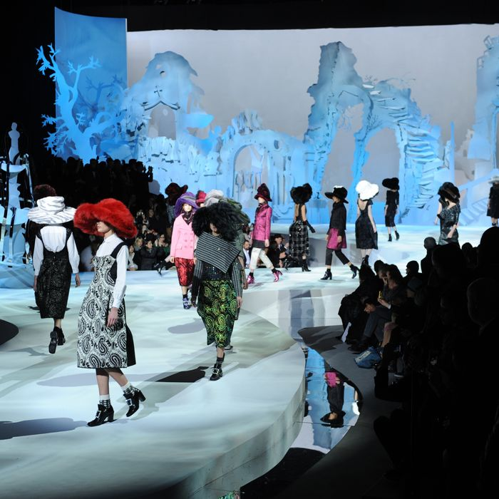 Models present outfits during the Marc Jacobs show February 13, 2012 at Mercedes Benz Fashion Week in New York. AFP PHOTO/Stan HONDA (Photo credit should read STAN HONDA/AFP/Getty Images)