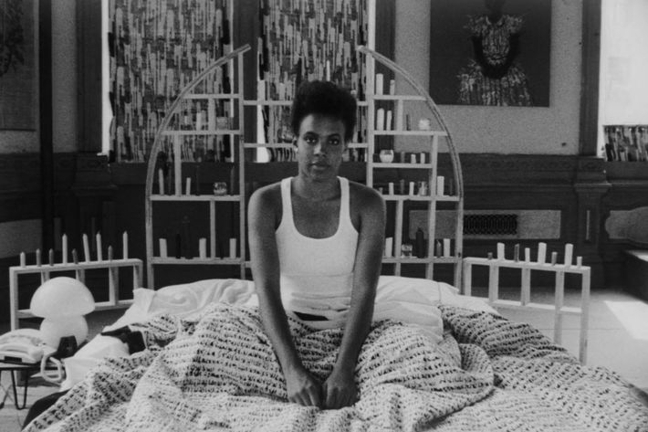 She S Gotta Have It Spike Lee On Nola Darling S Bed