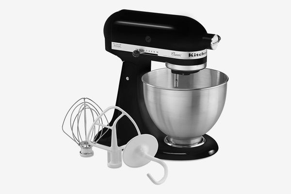 KitchenAid Classic Series 4.5 Quart Tilt-Head Stand Mixer