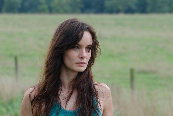 Lori Grimes (Sarah Wayne Callies)  - The Walking Dead - Season 2, Episode 4 - Photo Credit: Gene Page/AMC