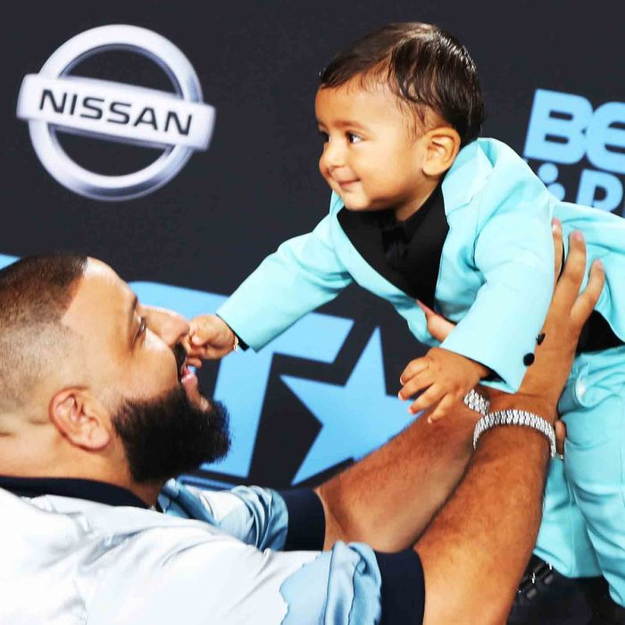 Happy Baby Asahd Khaled Cried When Meeting Justin Bieber