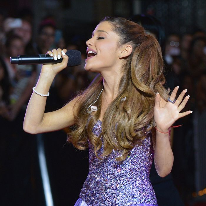 Ariana Grande performs during the 2013 MTV Video Music Awards pre-show at the Barclays Center on August 25, 2013 in the Brooklyn borough of New York City.