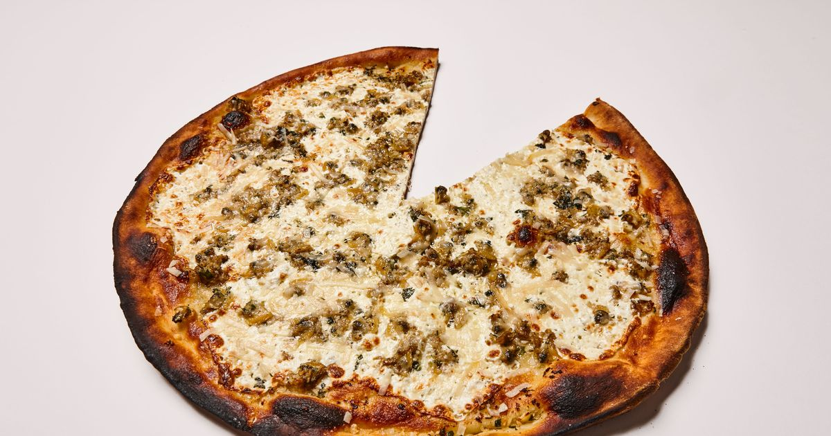 The Absolute Best Clam Pizza in NYC