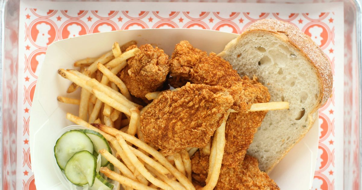 What to Eat at Blue Ribbon Fried Chicken, Opening on Monday in the East Village