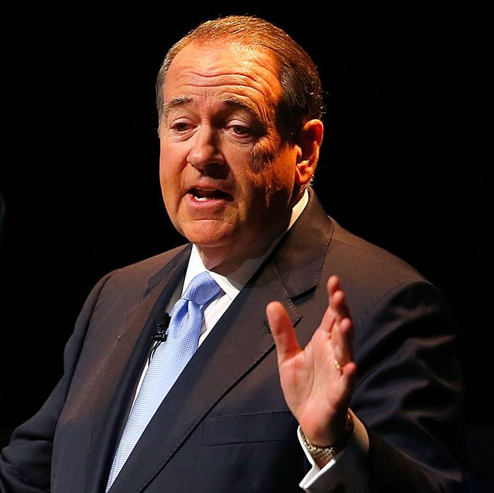 Former Arkansas Gov. Mike Huckabee speaks as he officially announces his candidacy for the 2016 Presidential race on May 5, 2015 in Hope, Arkansas.