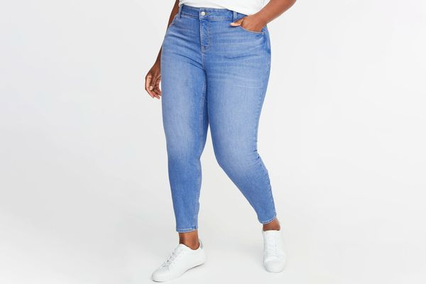 Old Navy High-Waisted Plus-Size Rockstar Cropped Super Skinny Jeans