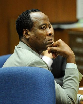 LOS ANGELES, CA - NOVEMBER 03: Dr. Conrad Murray listens as defense attorney Ed Chernoff (not pictured) gives the defense's closing arguments during the final stage of Conrad Murray's defense in his involuntary manslaughter trial in the death of singer Michael Jackson at the Los Angeles Superior Court on November 3, 2011 in Los Angeles, California. Murray has pleaded not guilty and faces four years in prison and the loss of his medical licenses if convicted of involuntary manslaughter in Jackson's death. (Photo by Kevork Djansezian/Getty Images)