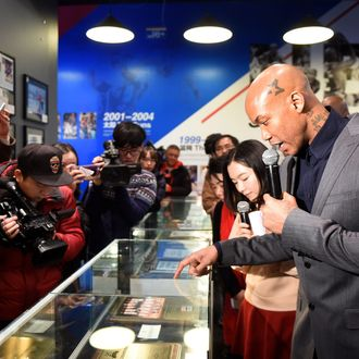 Marbury's Home Exhibition Opens In Beijing