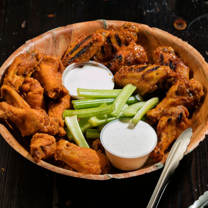 The Absolute Best Chicken Wings In Nyc
