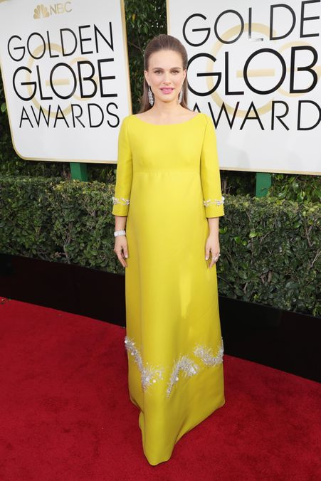 Photo 1 from Extremely Chartreuse and Incredibly Pregnant: Natalie Portman in Prada