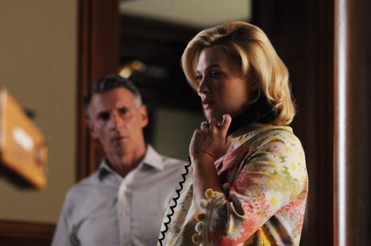 Henry Francis (Christopher Stanley) and Betty Francis (January Jones) - Mad Men - Season 5, Episode 3.