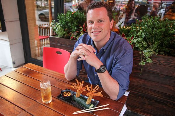 NBC's Willie Geist Is Starting to Get the Hang of Homemade Pizza