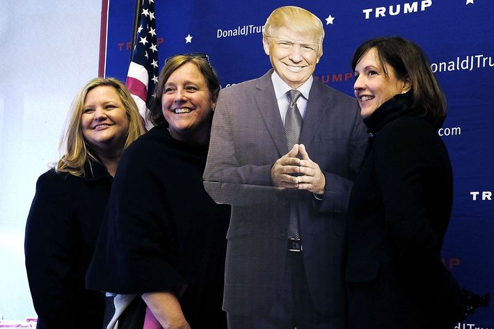 The Teflon Don and some female fans.