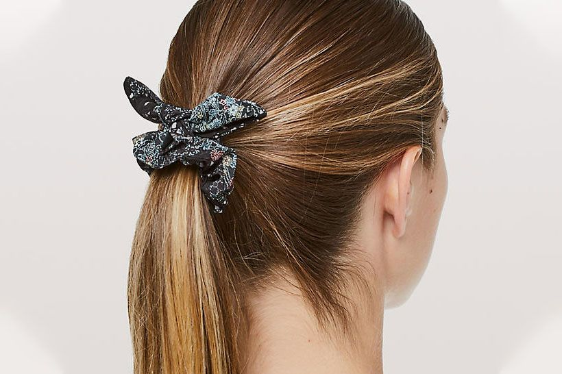 Lululemon Uplifting Scrunchie Bow