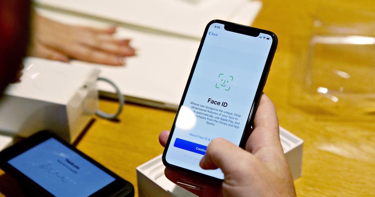 Apple Could Be Putting Face ID and Touch ID in the Same iPhone