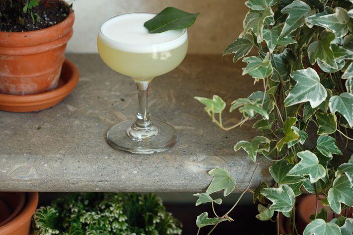 The Slip: Zubrowka, kaffir leaf, lime, and egg whites.