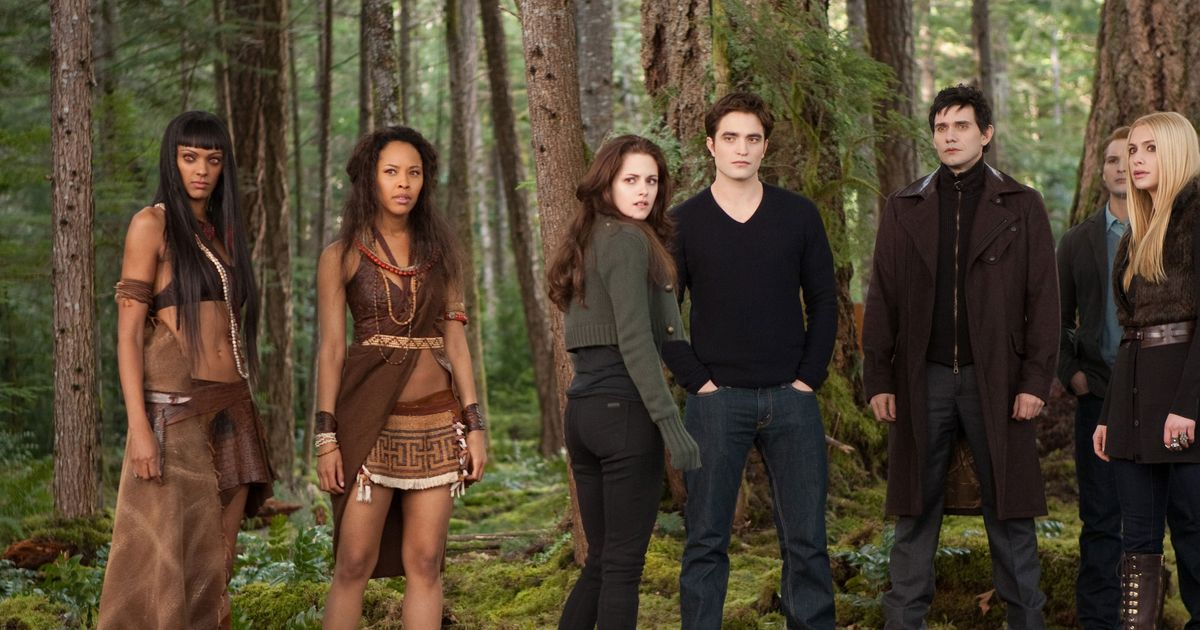 A Crash Course On The Vampire Rules In Breaking Dawn Part 2