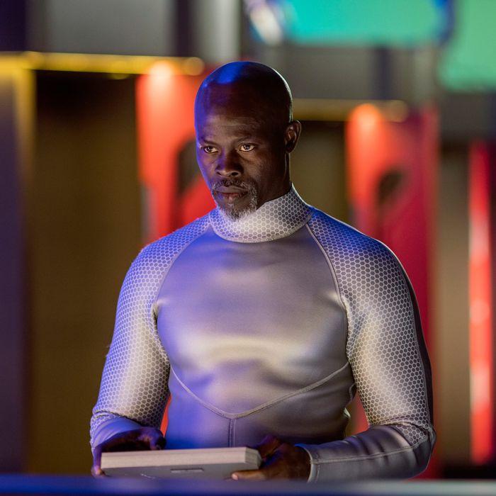 "WAYWARD PINES: Djimon Hounsou in the ""Bedtime Story"" season finale episode of WAYWARD PINES airing Wednesday, July 27 (9:00-10:00 PM ET/PT) on FOX. ©2016 Fox Broadcasting Co. Cr: Ed Araquel/FOX"