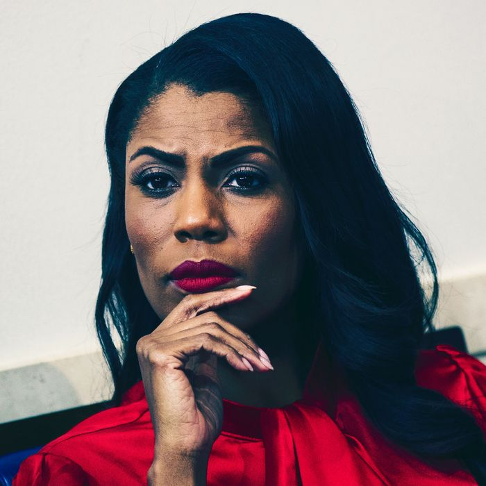 f0739977225 Omarosa Was Reportedly Fired for Abusing the White House Car Service