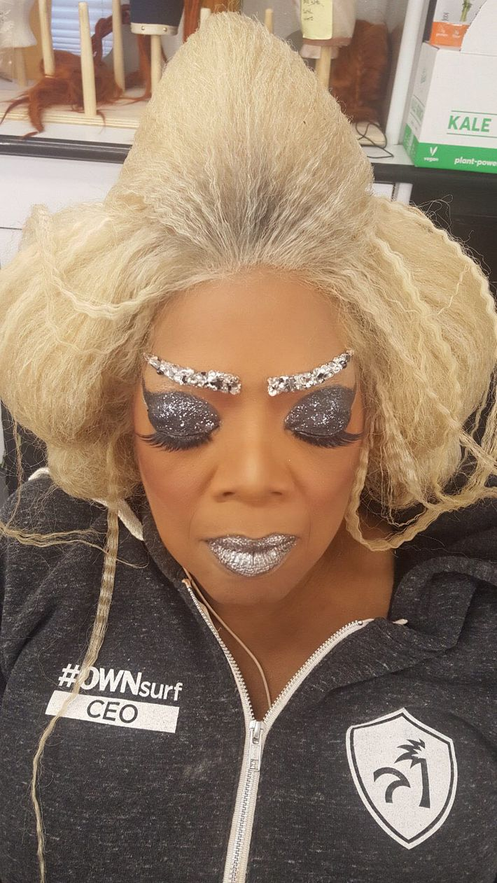 Oprah, A Wrinkle in Time backstage.