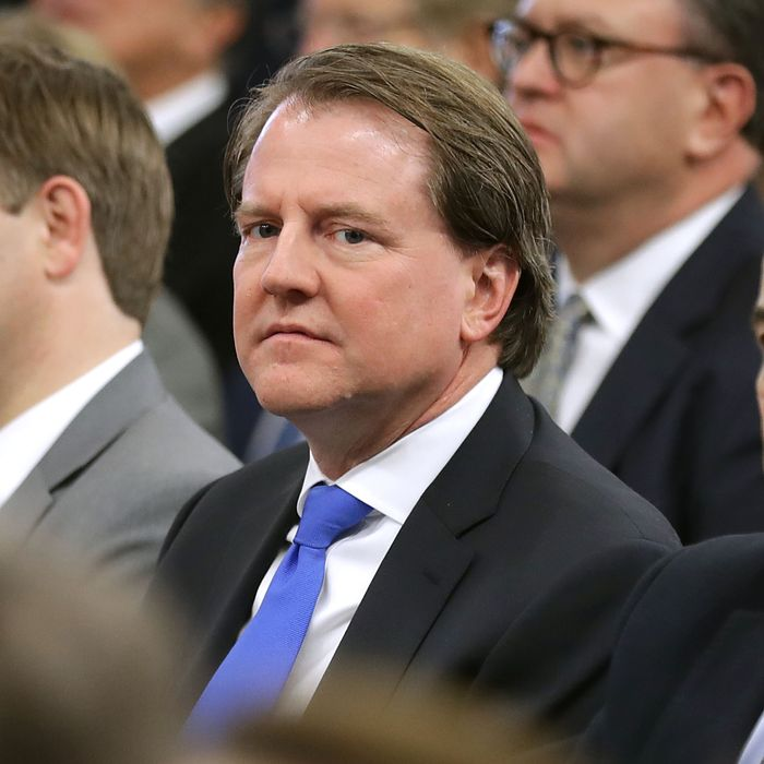 Attorney General Barr White House Offered Unfettered: McGahn Won't Publicly Say Trump Didn't Obstruct Justice