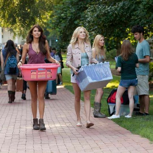 "The Vampire Diaries -- ?€?I Know What You Did Last Summer?€ -- Image Number: VD501b_0014.jpg ?€"" Pictured (L-R): Nina Dobrev as Elena and Candice Accola as Caroline ?€"" Photo: Annette Brown/The CW -- © 2013 The CW Network, LLC. All rights reserved."