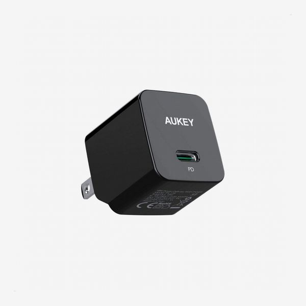 AUKEY Minima 18W USB-C iPhone Fast Charger
