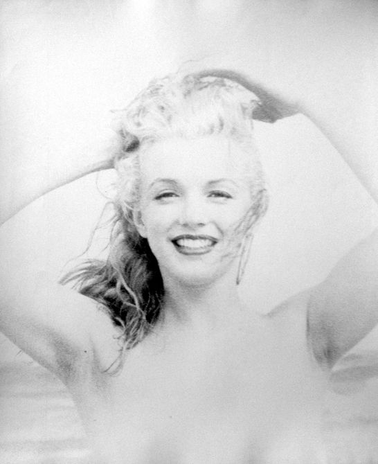 22 intimate lost photos of marilyn monroe the cut