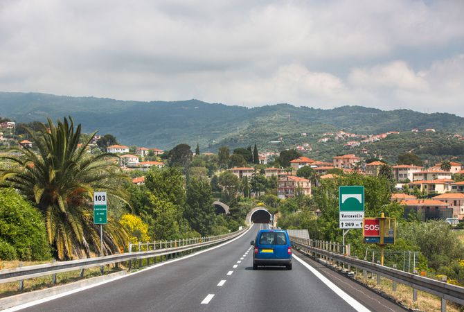Driving Through Italy Is the Path to La Dolce Vita