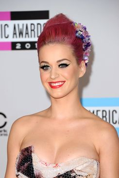 Singer Katy Perry arrives at the 2011 American Music Awards held at Nokia Theatre L.A. LIVE on November 20, 2011 in Los Angeles, California.