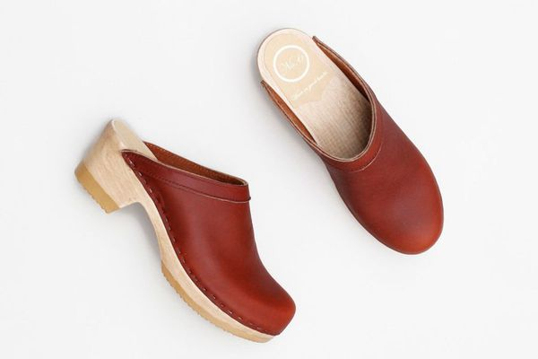No.6 Old School Clog on Mid Heel in Bourbon