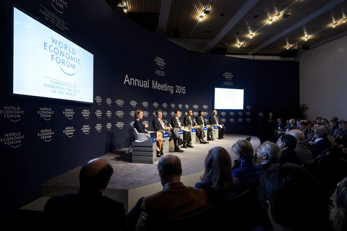 "Participants attend a session called ""The New Banking Context"" at the World Economic Forum (WEF) annual meeting on January 21, 2014 in Davos."