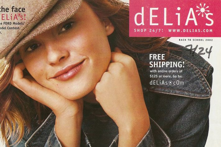 Saying Good-bye to dELiA*s, Brand of '90s Youth